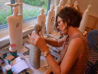 teri-hannigan-soul-journey-ceramic-sculpture-glazing