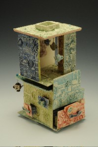 melody-cooper-stop-look-inside-ceramic-sculpture
